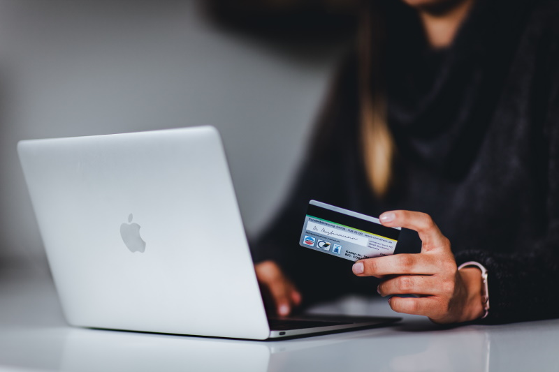 Identity theft credit problems